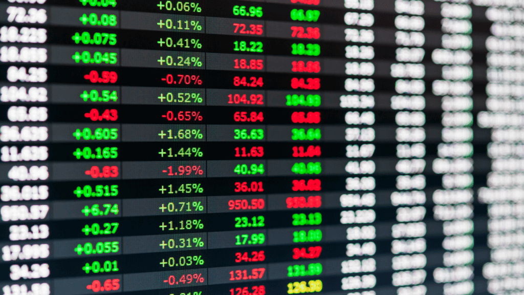 株式取引所の電光掲示板