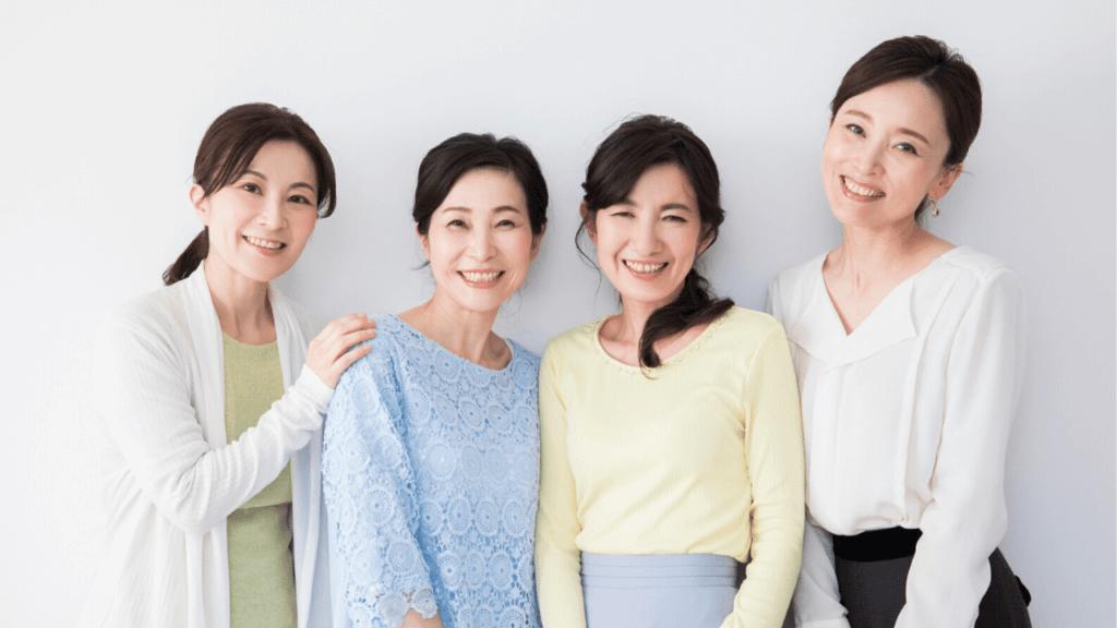 年代別の4人の女性